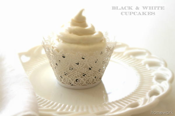 Black & White Cupcakes by homework