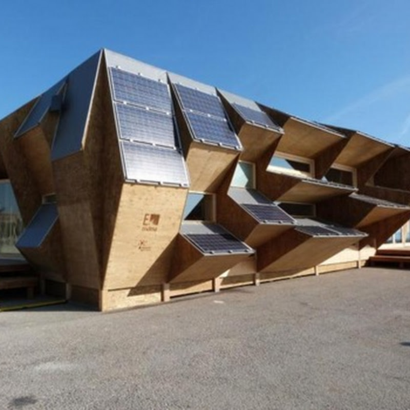 Endesa muestra una casa solar de red inteligente, que permitirá un mayor ahorro y una gestión eficiente y sostenible.