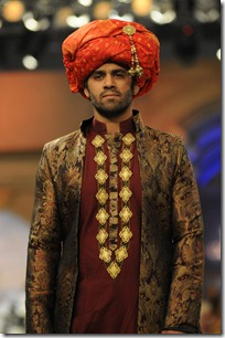 Nomi-Ansari1-at-Bridal-Couture-Week-2012-Mastitime247
