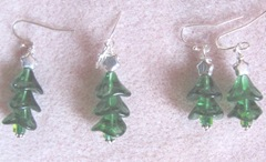 2011 Beaded gifts..small and large green xmas tree earrings