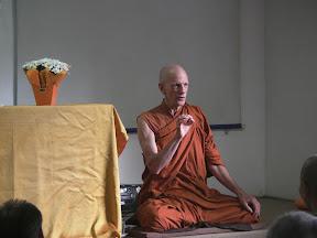 """Puja e palestra com Bhante Y. Rahula  """"A liberdade possível, aqui e agora"""", no Sohaku-Inn - SBB, 19/03/11"""