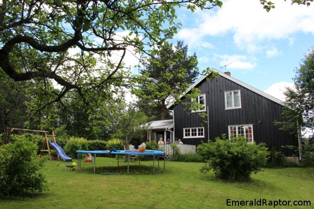 Huset og hagen