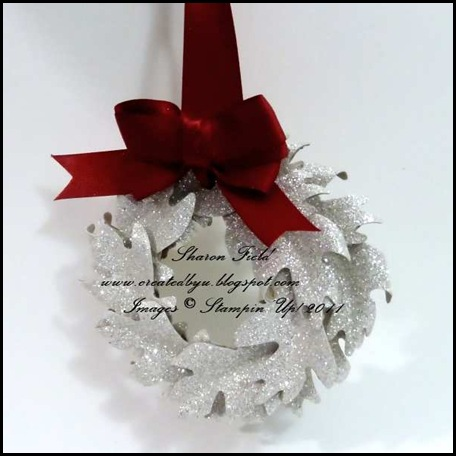 11_Double_Loop_Bow_Glimmer_Wreath_SharonField