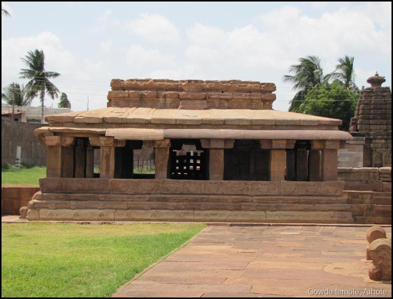 Gowda temple, Aihole