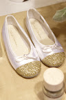 Ballet shoes that sparkle, check the how to on Martha Stewart Weddings. www. marthastewartweddings.com