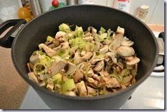saute mushrooms leeks