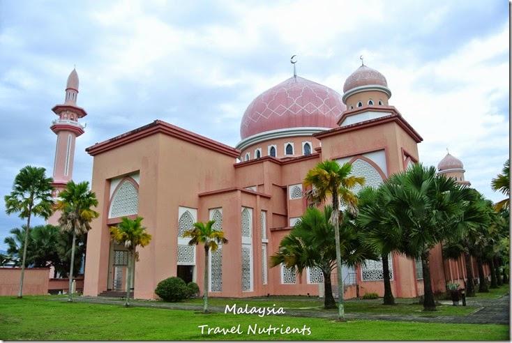 馬來西亞沙巴大學 粉紅清真寺 (10)