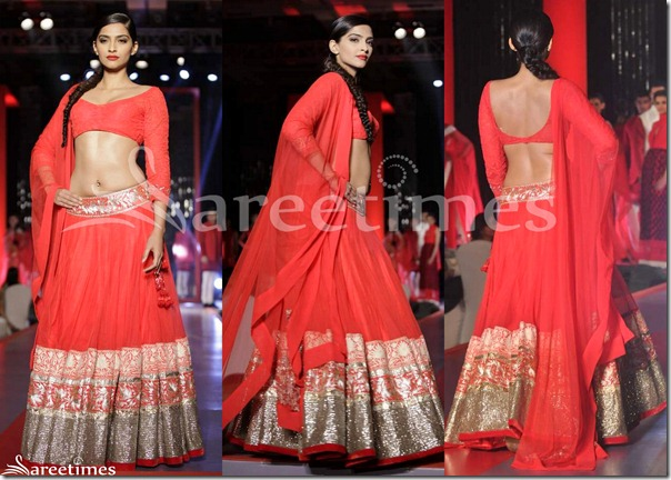 Sonam_Kapoor_Manish_Malhotra_Red_Lehenga