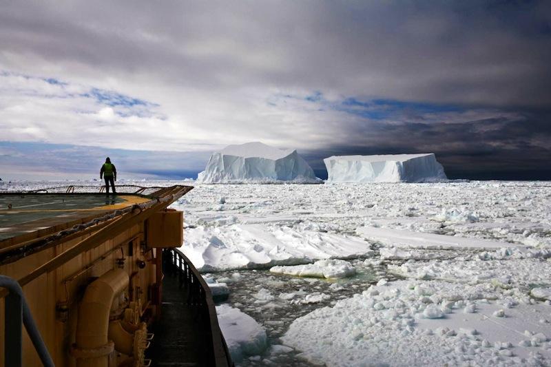 Camille Seaman Iceberg002 copy