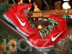 nike lebron 9 gr christmas 4 03 kickz Throwback Thursday: Look Back at LBJs 2011 Christmas Shoes