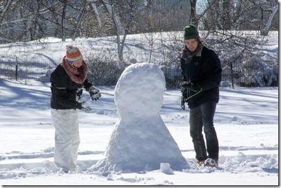 snowman-building-central-park-nyc