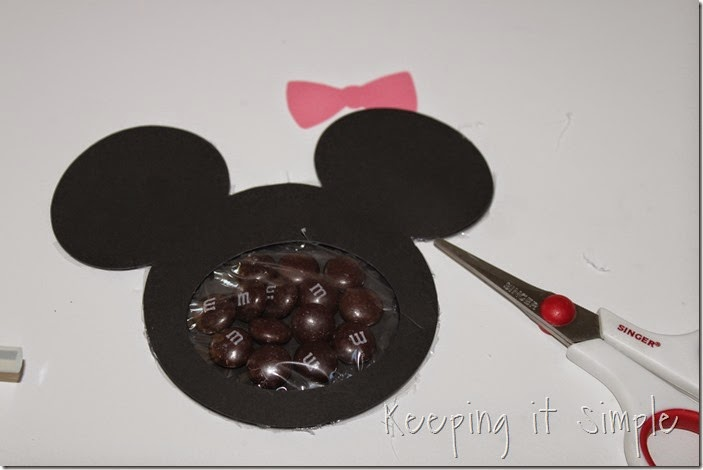 Mickey mouse and Minnie Mouse Homemade Valentines with Printable (5)