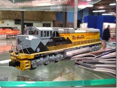 IMG_5348 O27 Union Pacific Heritage Fleet SD70ACe #1989 (Denver & Rio Grande Western) by MTH at the WGH Show in Portland, OR on February 17, 2007