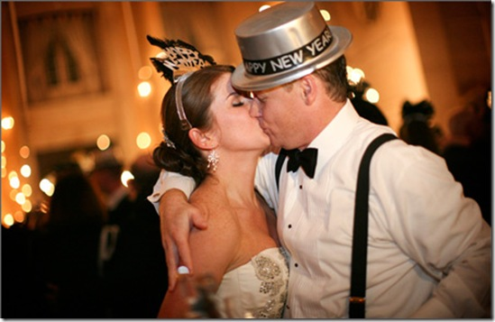 new-years-wedding2-first-kiss-of-the-new-year