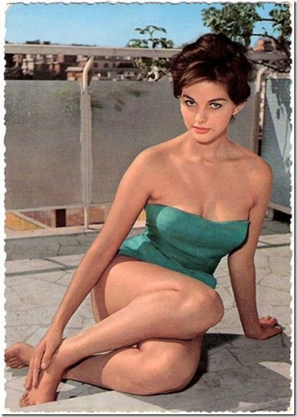 swimsuits-40s-50s-1