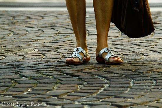 feet_20111001_silver