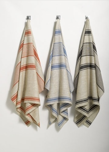 I love how muted and graphic these towels are.  (anichini.com)