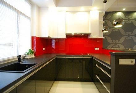 Blanco negro y rojo, decoración interior departamento dúplex a la ...