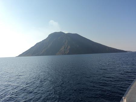 Imagini Sicilia: Stromboli - Vedere de pe mare