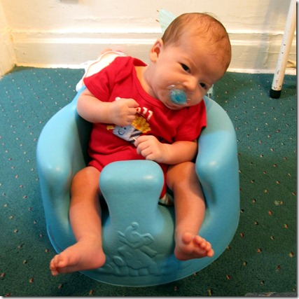 Nolan in Bumbo for the first time
