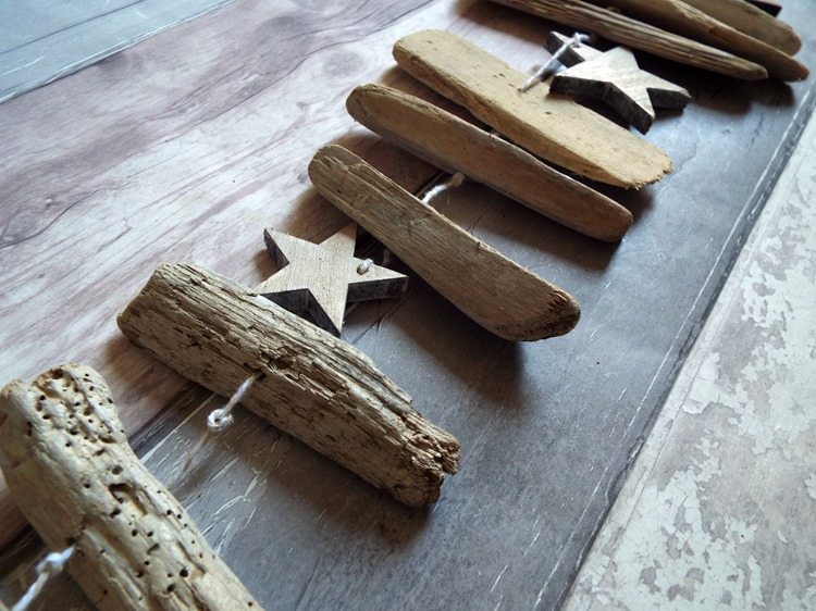 How to make a drift wood and star mobile stars between driftwood