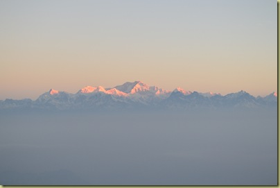 Kangchenjunga dawn coming-001