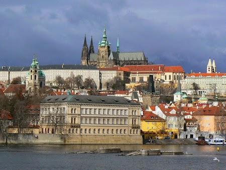 04. Castelul din Praga.jpg
