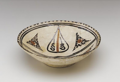 Bowl | Origin:  Nishapur,  Iran | Period: 900-1000 | Details:  Not Available | Type: Earthenware painted under glaze | Size: H: 7.9  W: 26.0  cm | Museum Code: S1987.959 | Photograph and description taken from Freer and the Sackler (Smithsonian) Museums.