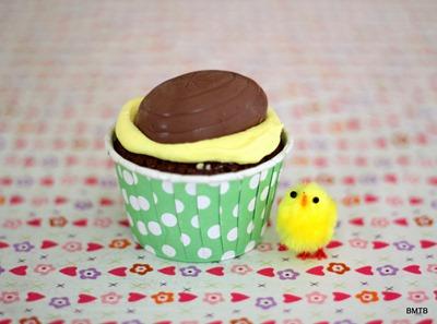 Easter Creme Egg Cupcake