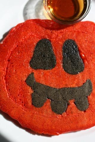 Pumpkin Halloween Pancakes