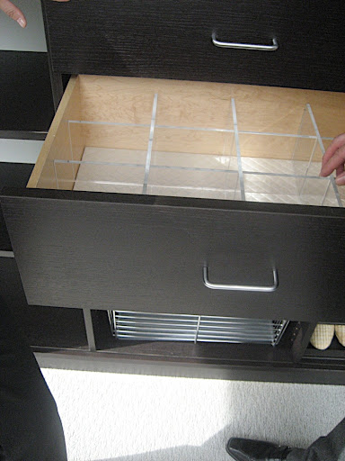 Drawer organizing ideas.