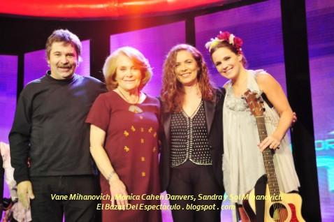 Vane Mihanovich, Mónica Cahen Danvers, Sandra y Sol Mihanovich.jpg