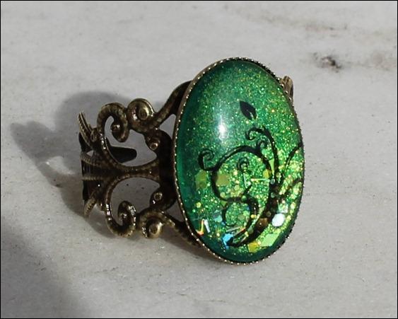 Grüne Ranke Ring
