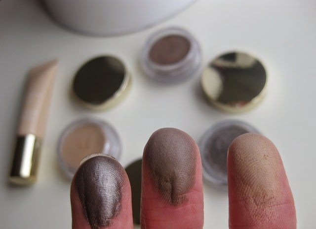 Clarins-Ombre-Matte-Eyeshadows-Nude-Beige,Rosewood, Sparkle-Grey-swatches