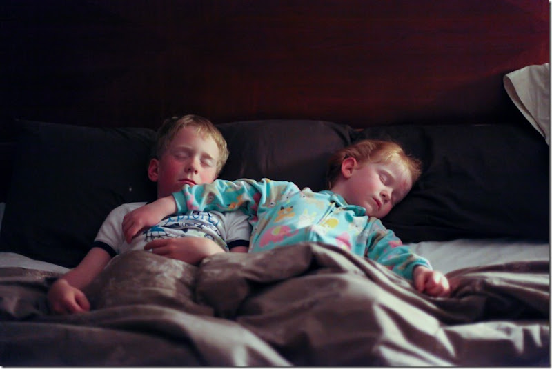 kids sleeping in my bed (4)-small