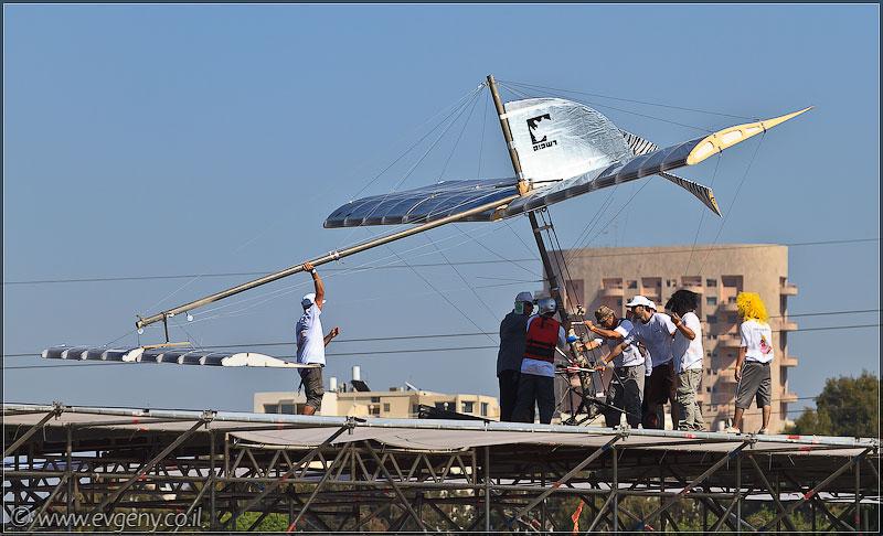 il/RedBull FlugTag 2011 в Тель Авиве   Часть вторая (20110603 ta redbull 156 5038)