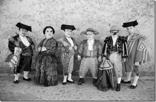 loewe-madrid-galeria-barcelona-paseo-de-gracia-blancanieves5-600x393
