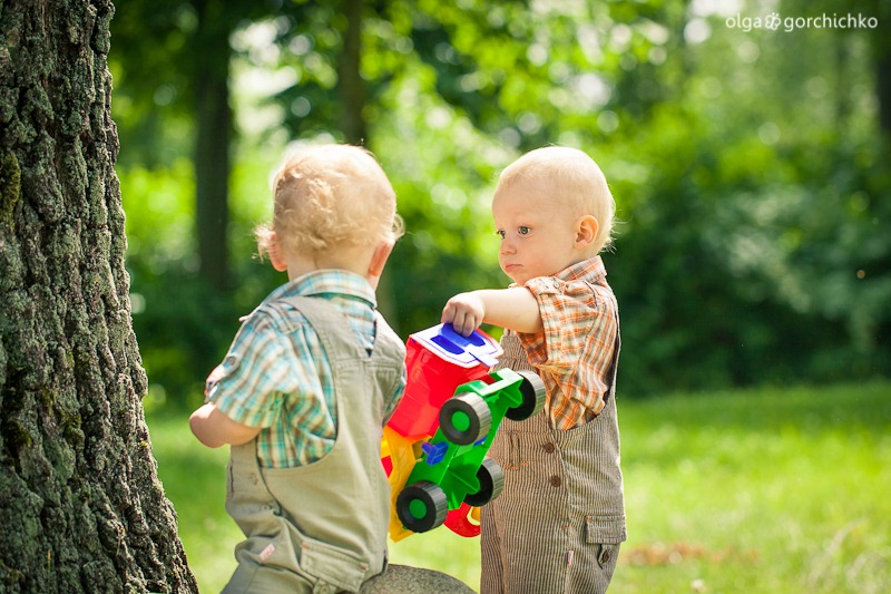 Летняя фотосессия двойняшек Кристиана и Даниэля. Детский фотограф, Гродно