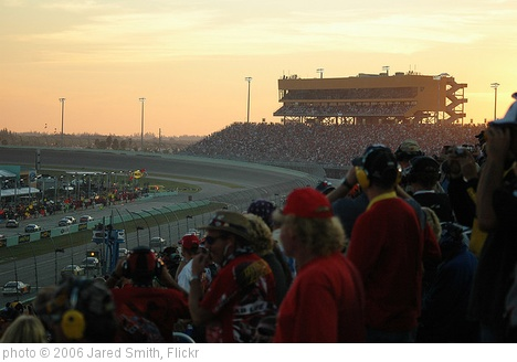 'Homestead Miami Speedway' photo (c) 2006, Jared Smith - license: http://creativecommons.org/licenses/by-sa/2.0/