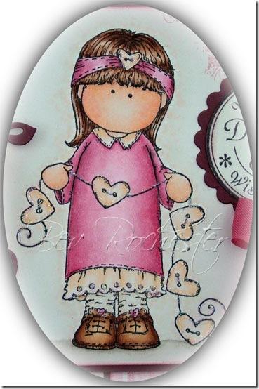 bev-rochester-hanglar-girl-with-hearts
