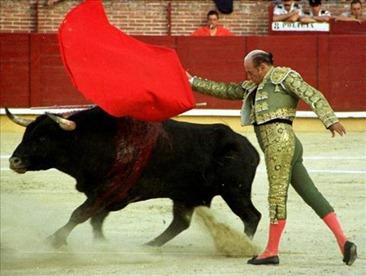 toros-antonete-el-traje-del-ultimo-triunfo-de-antonete-en-las-ventas-lucira-en-su-velatorio$599x0