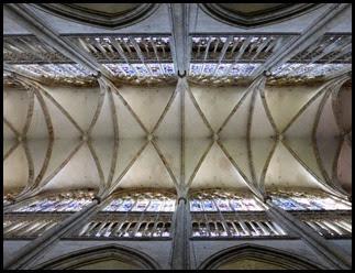 Rouen St Ouen ceiling_edited-1