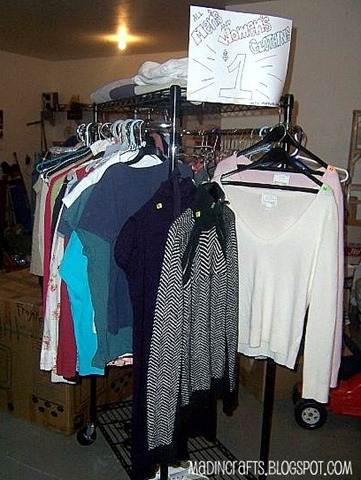 hanging clothes by gender and size