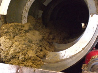 Solid Discharge from Separator (SLM)