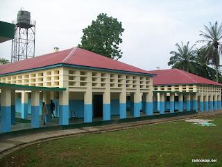 Hôpital d'Ubundu après réhabilitation par l'IRC, le 27/01/2011.