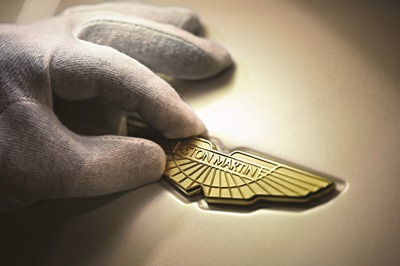 Aston-Martin-Logo-1