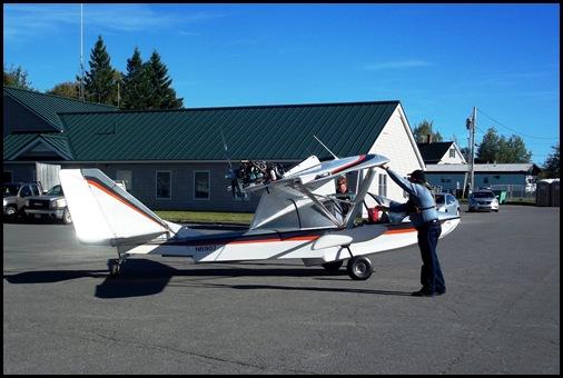 Seaplane fly in 065