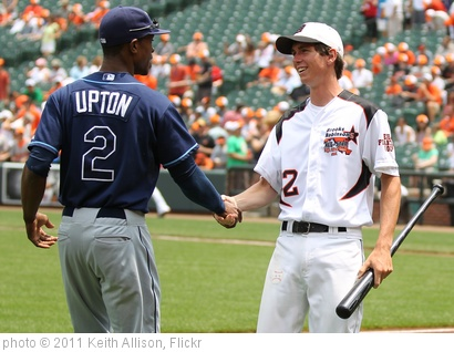 'Tampa Bay Rays center fielder B.J. Upton (2)' photo (c) 2011, Keith Allison - license: http://creativecommons.org/licenses/by-sa/2.0/
