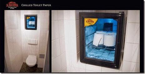 bathroom-craziness-036