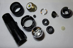 Ultrafire 502B XM-L T6 torch disassembled